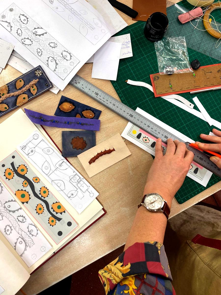Cursar Ciclo de Artesanúa de complementos de cuero